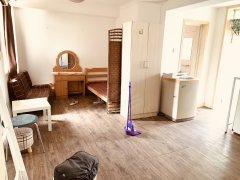 北京顺义机场新出二区一居室 房子干净 1800可以 先来先得!!!出租房源真实图片
