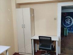 北京海淀五道口东升园公寓 3室1厅2卫 次卧 北出租房源真实图片