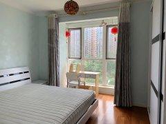 北京朝阳朝青板块朝阳大悦城新上一居室,大落地窗,采光好,,看房随时出租房源真实图片