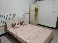 北京海淀马连洼西北旺公交站附近,位置方便,压一付一。出租房源真实图片