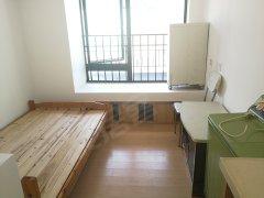 家私家电齐全,公寓式单间,景观好,拎包入住