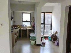 城北金帝相府电梯房4室140平米带部分家具急租,看房方便