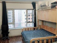 月租精装公寓房 铂金时代 可以一个月 一个月付 很齐全