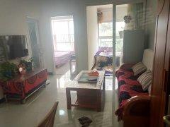 房子很干净,比较温馨亮堂,燃气入户,目前空房。