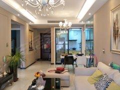 汉飞城市公园,豪装两房,业主诚心出租,急着,全新装修。