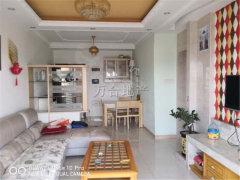 东港城四期 温馨舒适2房 清新靓丽好房 租金实惠 仅此一套!