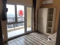 泷悦长安,精装卧室带阳台,*,979直达八宝山地铁站