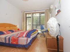 天河公安龙洞宿舍楼龙洞精装卧室 落地阳台 客厅开阔 性价比高