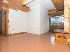 山泉小区 简单装修4房 适合做宿舍 交通方便 看房方便
