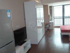 万达广场SOHO 1室1厅1卫 高档家具 拎包入住 2200