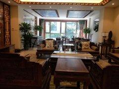 四环边的别墅,实用1000平,中式风格,家具齐全,可以长租