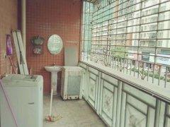 峰光花园,步梯2楼  两房出租 1200,家私家电齐全