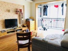 龙港小区3室2厅邻地铁精装温馨干净家具家电齐拎包入