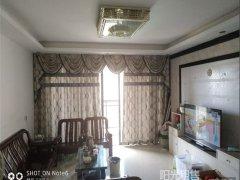 雍景香江四房全新放租。拎包入住即可。南北通透户型。租3000
