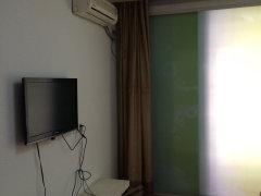 锦绣华庭1室-1厅-1卫整租