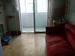 二纬路小学附近,步梯5楼两居室,600元包取暖