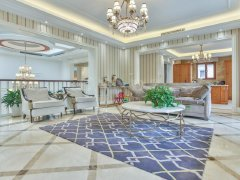 御汤山精装保养好纯独栋 全新房双客厅设计大挑空 全进口家具