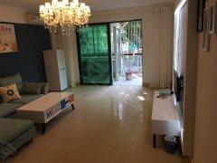 莲坂高档小区,湖明丽景一房一厅大客厅真实图片,精装修新出租