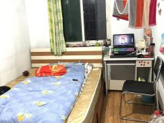 老山西里精装修大两居 次卧出租 精装修看房随时可以入住