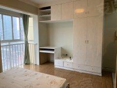 黄兴广场 楼下地铁口 温馨一房出租 拎包入住 *电梯房