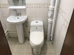 万达华府 精装单间公寓 干净卫生 家电齐全 直接入住