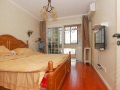 万科金域国际 精装两居室 可短租可月付 家具家电齐全拎包入住