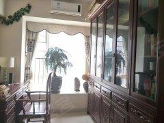 滨江豪园豪装151平4房2卫 南北通透 品牌家私电器齐全