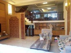 国际山庄  别墅精装修 使用480平 适合居住办公 小区中庭