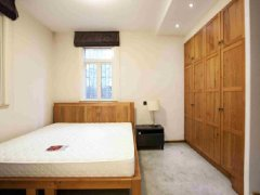 正规三居 精装卧室 暖心空调 领秀硅谷3区