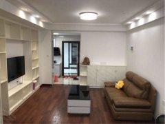 联盛快乐城公寓 温馨装修 生活方便 拎包入住  九方 大润发