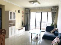 额外装修的房源 朝南 量身订做的家具 中间楼层 价格美丽