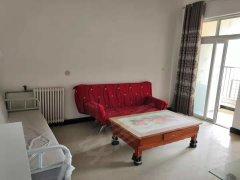 900元,一室一厅一卫,家具家电齐全,拎包入住,港区锦绣翠园