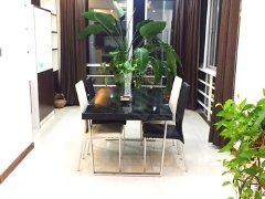 繁华地段豪华装修超大房间欢迎有实力的客户过来看房