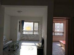 新湖公寓 看房方便 东西齐全 价格可议