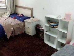 三八北里妈妈菜后身1室精装公寓,特价1500,可短租可月付