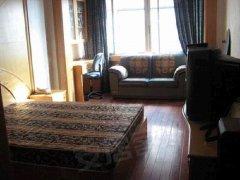 全新家具按排上了,地段清净,便宜靓房新安