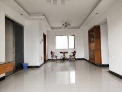 香港街港岛124平三房出租,户型方正,居家舒适,可做宿舍