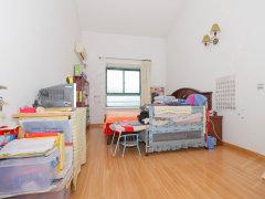 全新家具按排上了,整洁舒适,舒适空间车公庙