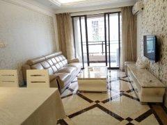 长安万达广场 欧式装修2房家电齐全采光通风好 急租2900