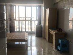 万益广场小公寓40平 直租 高层 免中 双十正对面 精致装修