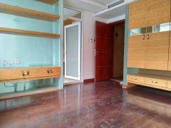 目前房子在装修 房源保养好 房子随时可看 带有中式家具