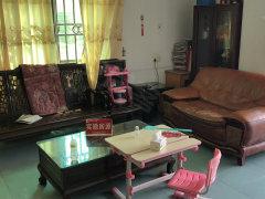 永华新村,温馨大三房,采光通风,拎包入住,只需2000即可。
