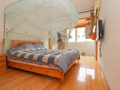 高端住宅小区,生活气息浓,采光好,家电家具全新,可月租可做饭