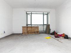 全新家具按排上了,光线十足,独立卫浴布吉