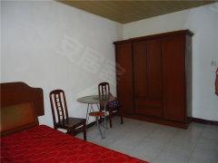张公山白马2村4楼50平米1间1厅简单装修拎包入住