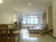 沙正街 重大旁 学府小区 超大三室两厅 干净整洁 可租办公