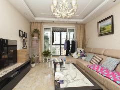 瑜翠园龙洞正规卧室 新壁纸 厨房新装 出门地铁