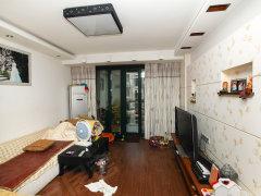 暖气超热 精装卧室 365天售后 威尔夏大道