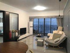 富盈wo城3房,布置馨怡。装修温馨,业主手次放租.2600元