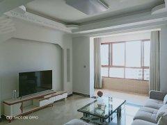 清外 房屋出租2500/月精装三居室观景楼层 拎包入住